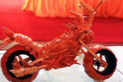 motoczikly-iz-sedennyx-lobsterov