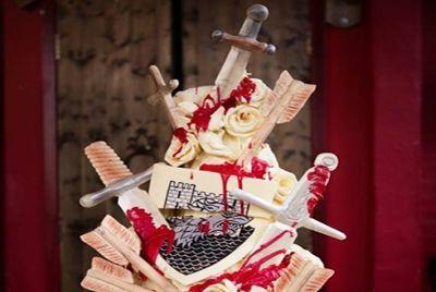 igry-prestolov-i-svadebnyj-tort
