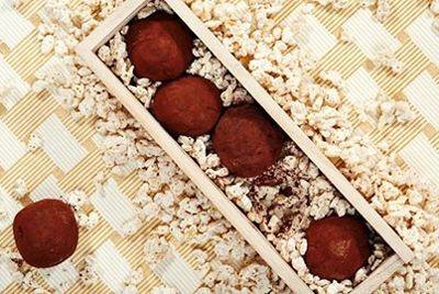 Шоколадные конфеты в форме грибов