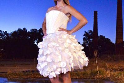 Платье из пива и бактерий