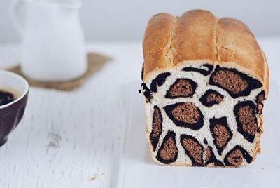 Хлеб с леопардовым узором