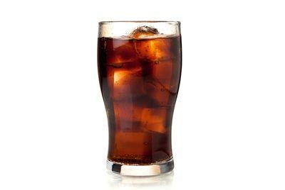 Сладкие напитки – причина жировых отложений вокруг внутренних органов