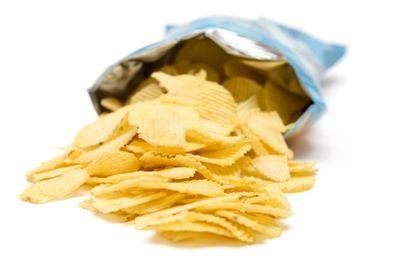 Россияне стали покупать больше чипсов и семечек