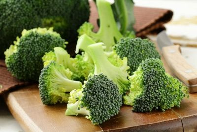 Зеленые листовые овощи полезны для здоровья кишечника