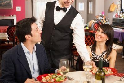 Официанты были названы одной из самых стрессовых профессий в мире