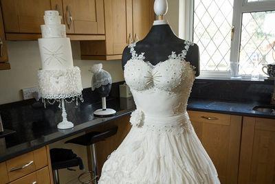 Съедобное платье невесты