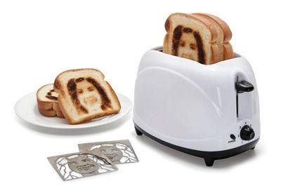 Тостер делает селфи на тостах