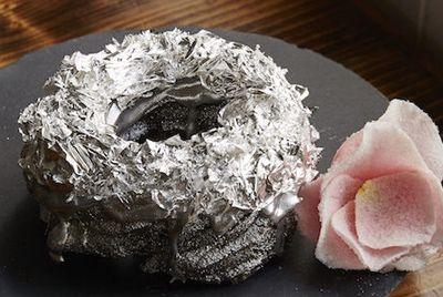 Первый в мире платиновый пончик
