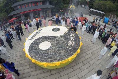 Туристы съели 2 тонны тофу за 2 часа