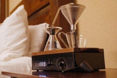 Будильник с функцией кофеварки