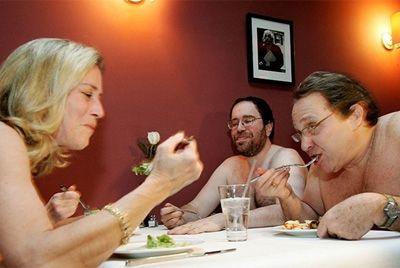 Лондонский ресторан для нудистов переезжает в Париж