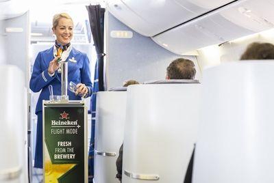 В самолетах будут разливать голландское пиво