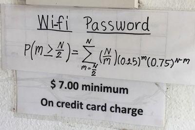 Техасский ресторан зашифровал пароль от Wi-Fi в сложное уравнение