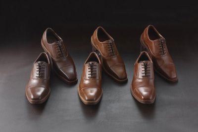 Японский кондитер делает мужские туфли из шоколада