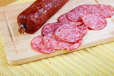 В Белоруссии будут выпускать колбасу и тушенку из бобра