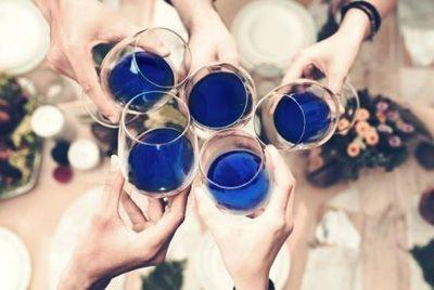 В Испании «забанили» синее вино