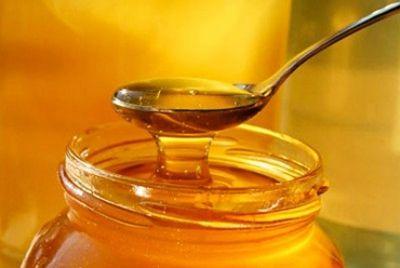 В Казахстане начали продавать мед с золотом