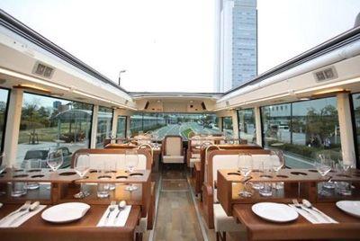 В Японии появился ресторан в автобусе
