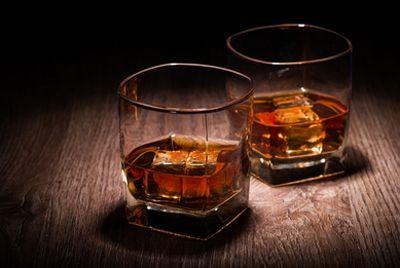 Китаец заплатил 10000$ за стакан виски