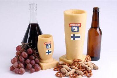 Финский бренд представил посуду, сделанную из сыра