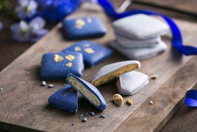 В Японии создали синий шоколад