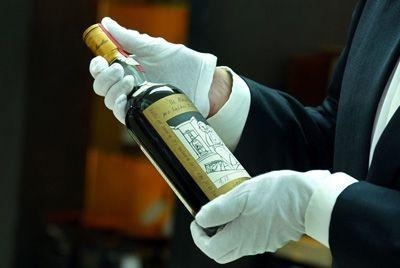 Раритетный виски был продан за 1,2 миллиона долларов в Дубае