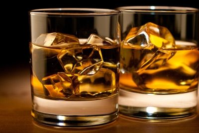 Япония будет производить «древесные» алкогольные напитки