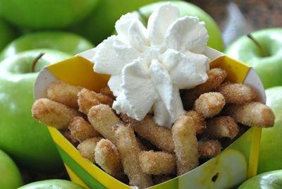 Посетители парка Legoland могут попробовать яблоки-фри