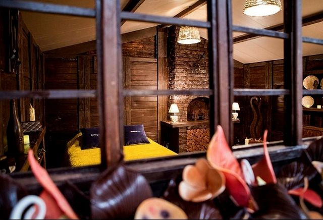 Париж предлагает сладкоежкам провести ночь в шоколадном коттедже