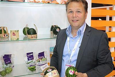 Голландские производители представили крошечные арбузы