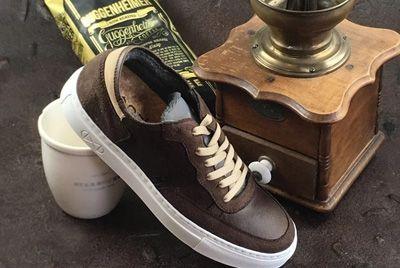 Немецкий бренд создал кроссовки из кофейной гущи
