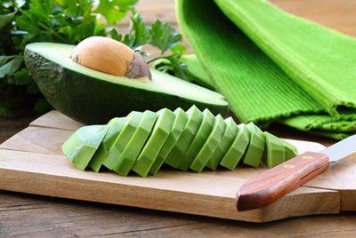 Аркадий Новиков открыл ресторан с блюдами из авокадо в меню
