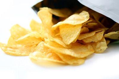 В Беларуси будут выпускать чипсы из сверчков