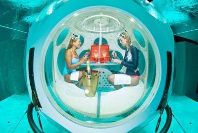 В Бельгии появился подводный ресторан