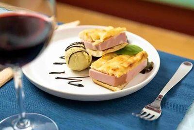 В Риме открылся ресторан, где в каждом блюде присутствует мороженое