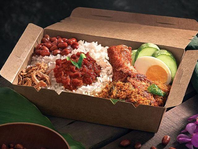 Малайзийская авиакомпания открыла ресторан с самолетной едой