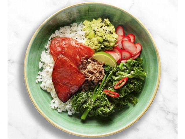 Британский ресторан подает веганского тунца из арбуза