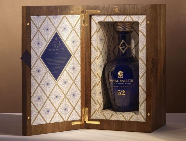 В Великобритании выпустили эксклюзивный виски 52-летней выдержки