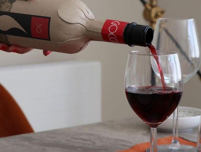 Британская компания представила экологически чистую бумажную бутылку для вина