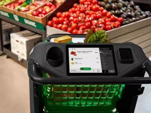 Компания Amazon разработала «умные» продуктовые тележки