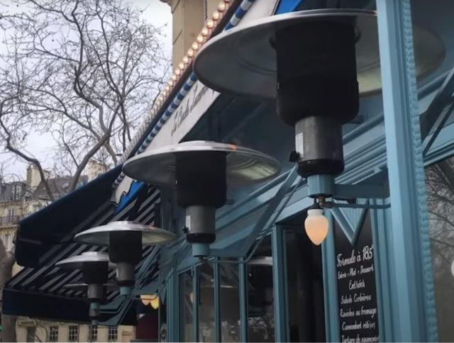 Франция вводит запрет на отапливание уличных террас в кафе и ресторанах
