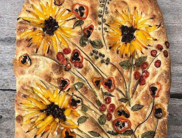 Американский пекарь готовит красочный хлеб, вдохновленный работами Ван Гога