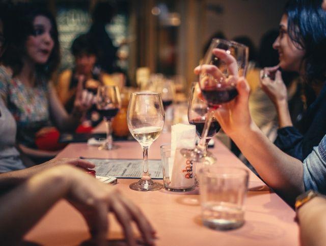 Шотландским ресторанам запретили включать музыку