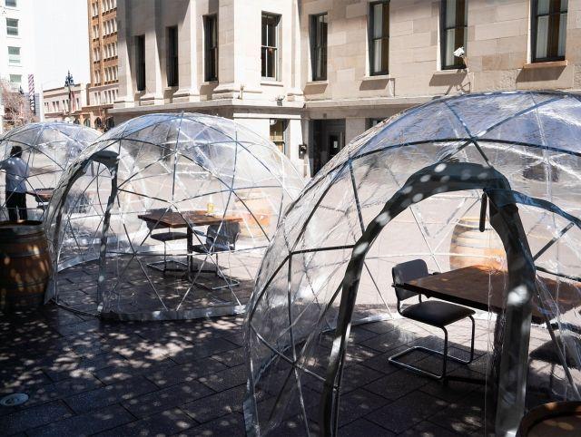 Ресторан в Сан-Франциско разместил гостей в геодезических куполах