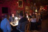 Первый бар, в котором не работают сотовые телефоны