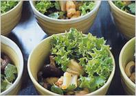 Чой бао из морепродуктов – китайская кухня, кулинарный рецепт китайской кухни для встречи Китайского нового года. Это китайское блюдо включает в себя больших креветок, очищенных кальмаров, устричный соус, соевый соус и другие ингредиенты