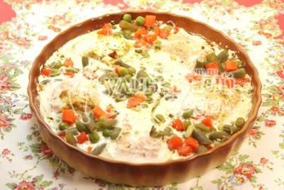 Запекать в духовке 30 минут при температуре 200 градусов С. - Рыбка запеченная с овощами. Фото приготовления рецепта.