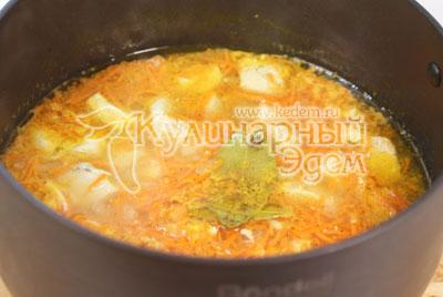 Суп-лапша с курицей «По-домашнему»