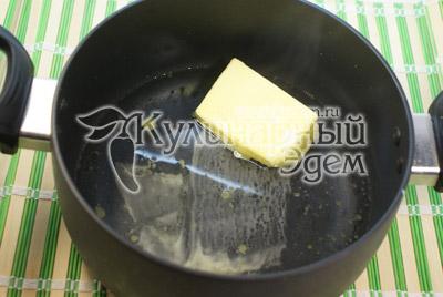 Воду довести до кипения. Распустить в воде масло, добавить соль. - Закуска «К новогоднему столу». Фото приготовления закуски на Новый год.