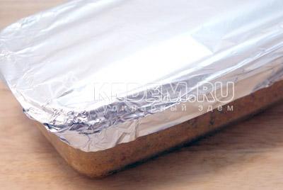 Накрыть фольгой. - Мясная буханка. Фото приготовление рецепт мясной буханки.
